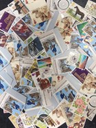 100 x 13p mixed postage stamps